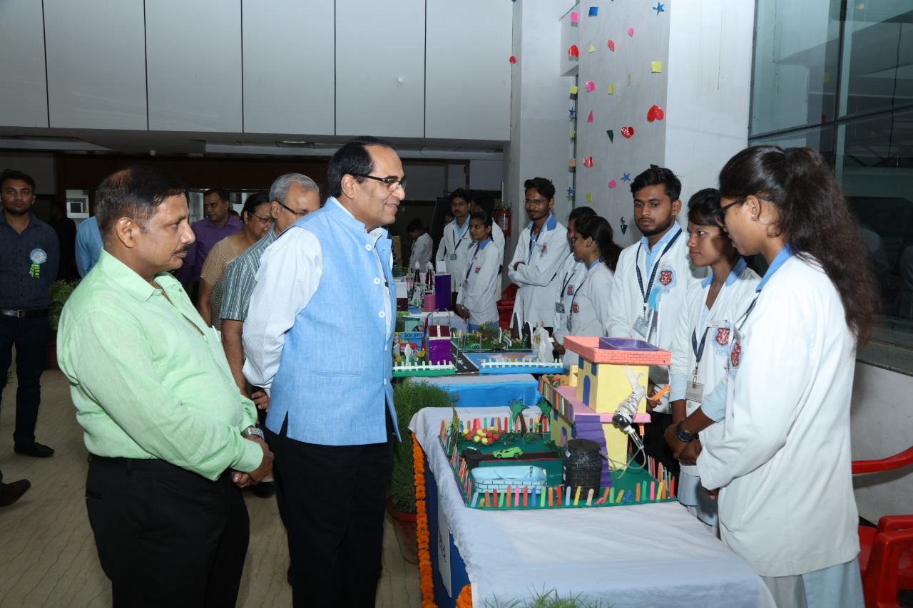 Inaugural of Exhibition on Future and Healthy Environment